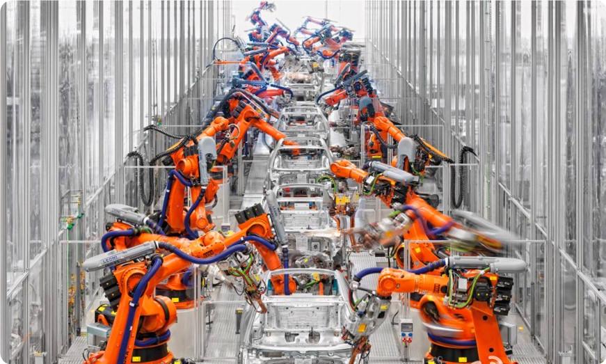 在美的加持下,库卡要登顶中国机器人市场