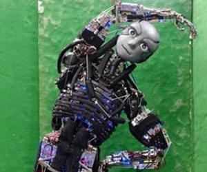日本造出重现人类肌肉和骨骼的机器人