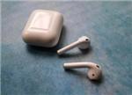 无线耳机AirPods的芯片级拆解报告:细节设计令人折服