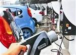 新能源汽车在京销售停滞 为何车企还要涨价?