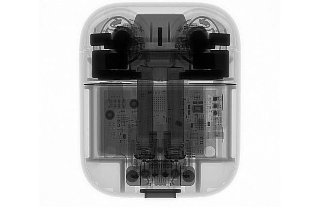 苹果无线耳机AirPods芯片级拆解