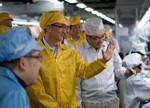 芯片供应商开始囤货 下半年iPhone销量或超1亿部