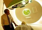 我国成功研制出质子医疗回旋加速器:实现癌症精准治疗设备国产化