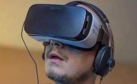 """2017年""""混乱""""的VR市场将如何发展?"""