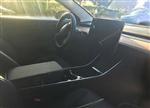 Model 3内部谍照曝光:后排空间似乎并不太乐观
