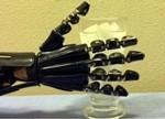 新型人造皮肤问世 机器人将能感知冷热