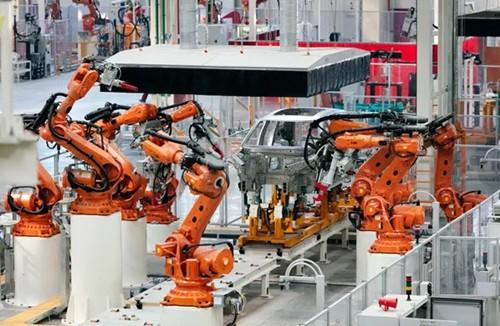蔚来合肥工厂:配261台全铝车身线机器人