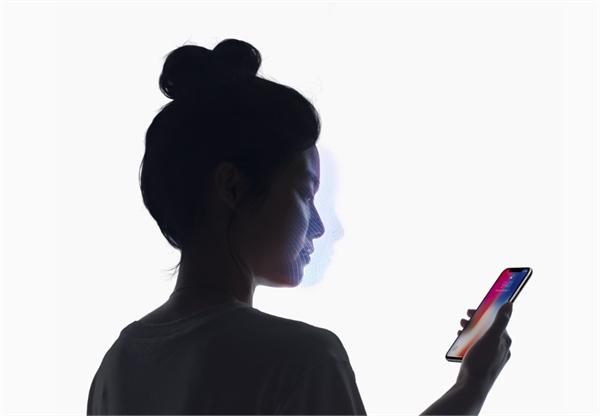 现在是刷脸的时代 解密iPhoneX的人脸识别技术