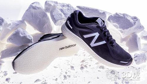 新百伦使用超声波设备和筛网确保3D打印跑鞋中底的高粉末通量