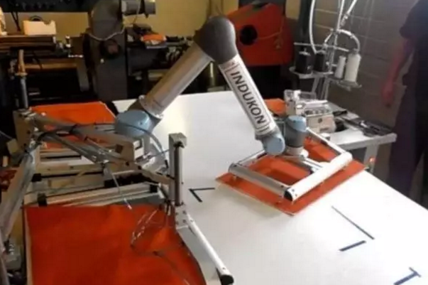 缝纫机器人效率是人工的17倍