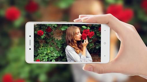 中国移动自有品牌A4手机正式上市 简易操作更显生活灵动之美