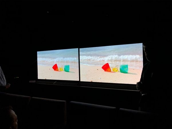 松下OLED电视新品FZ800/950宣布:支持HDR10+