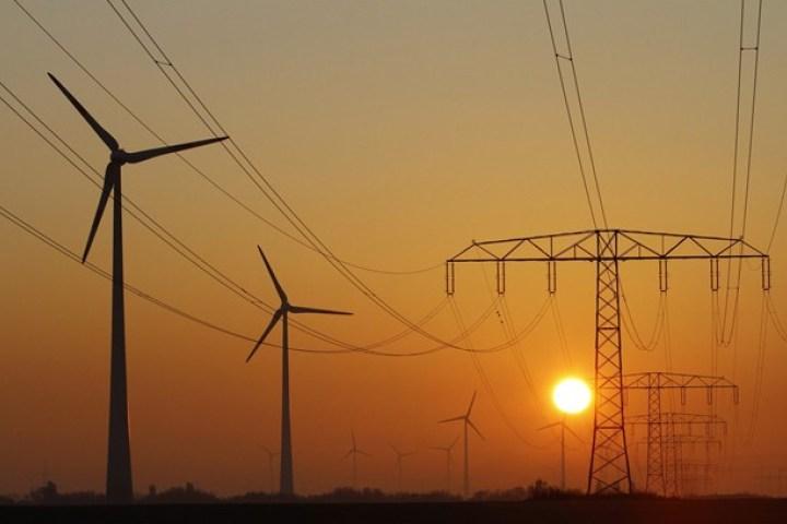 2017年龙源电力总发电量同比增长12.35%