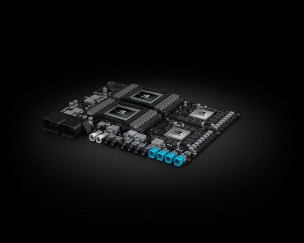 CES 2018:英伟达推出无人车AI芯片 与百度达成合作