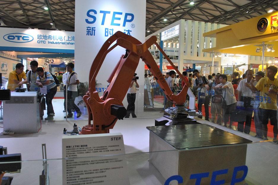 新时达全年的机器人销量有望超过1600台
