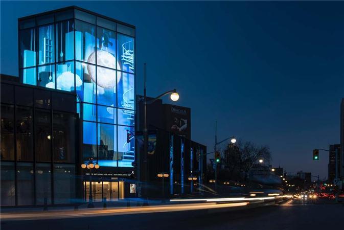 北美最大LED透明屏现身加拿大国家艺术中心