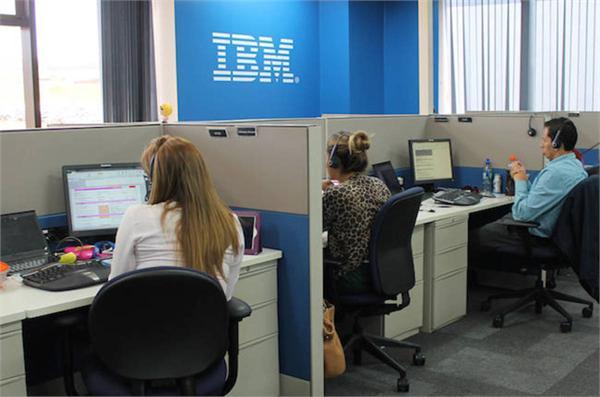 传IBM将疯狂裁员引发震荡:3万职位面临调整 1万人或被裁