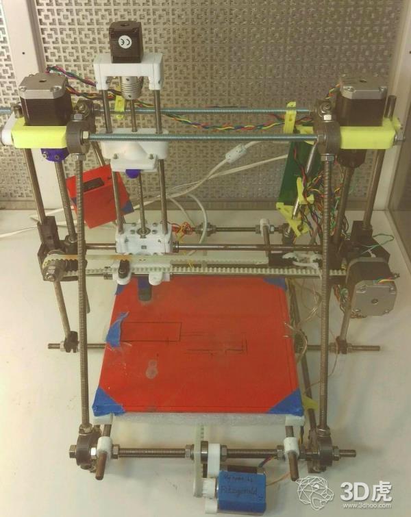研究员开发出比商业产品便宜17,000%的开源参数化3D打印槽模系统