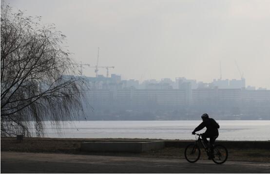 一年七次!首尔地铁公交免费应对雾霾
