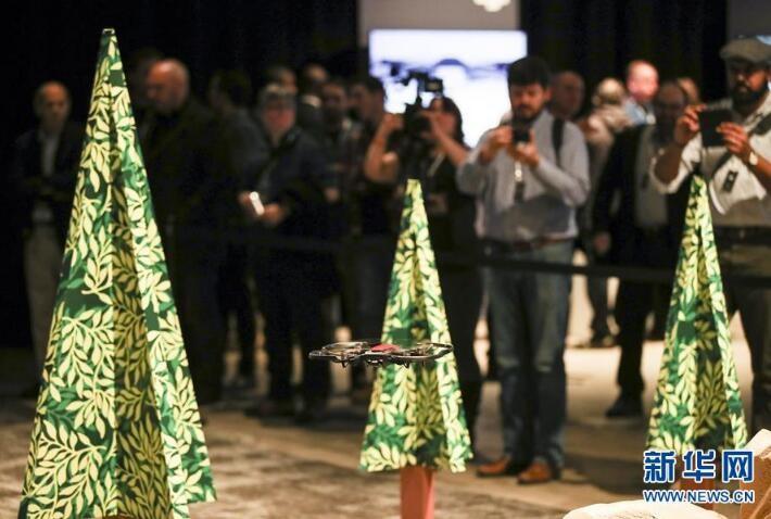 大疆在纽约发布新款无人机Mavic Air