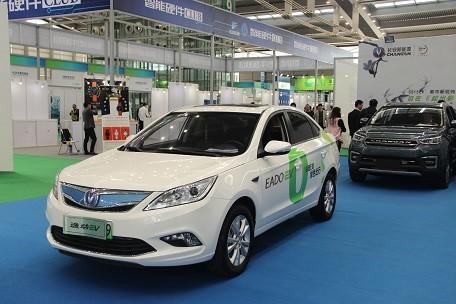 中国新能源汽车:在政策加持下飞速发展