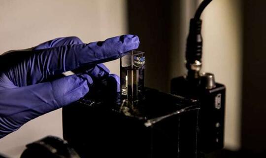手性纳米颗粒为激光雷达带来新可能