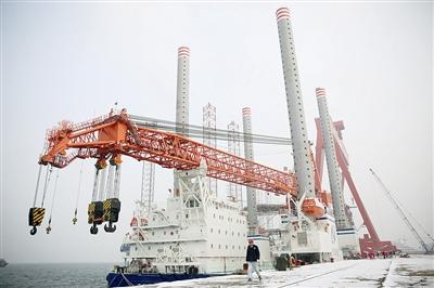 青岛造国内最高水平风电施工平台交付