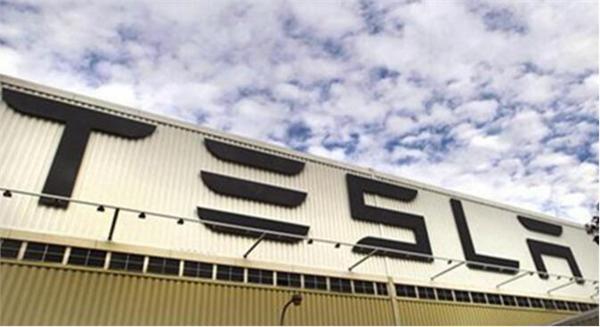 特斯拉考虑涉足锂电池原材料 或牵手智利锂矿巨头SQM建加工厂