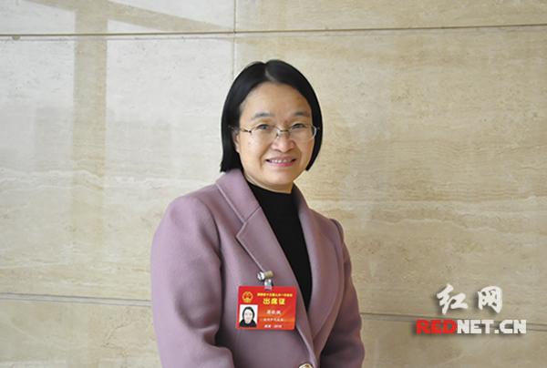 代表蒋秋桃:大力发展远程医疗 提升基层医疗服务能力
