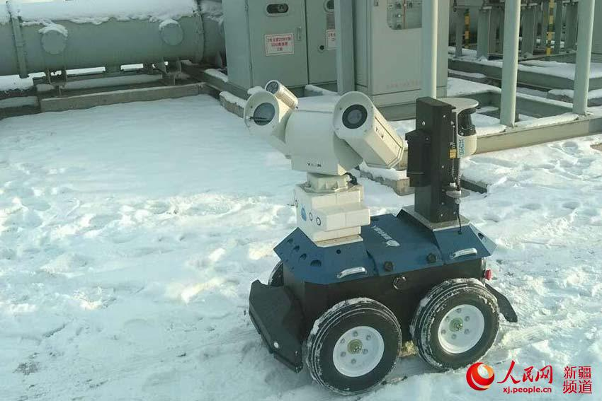 乌鲁木齐供电公司:极寒天机器人无人机代替人工保电网