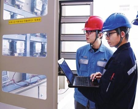 广西电网崇左供电局在广西率先实现智能电表、低压集抄全覆盖