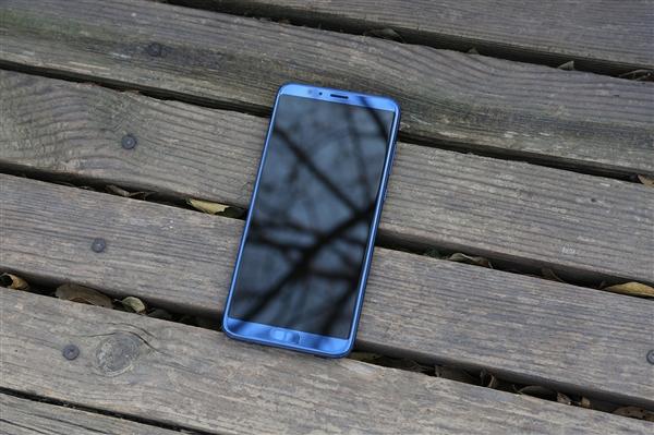 荣耀10确定将用全面屏设计:麒麟970+屏内指纹浮现