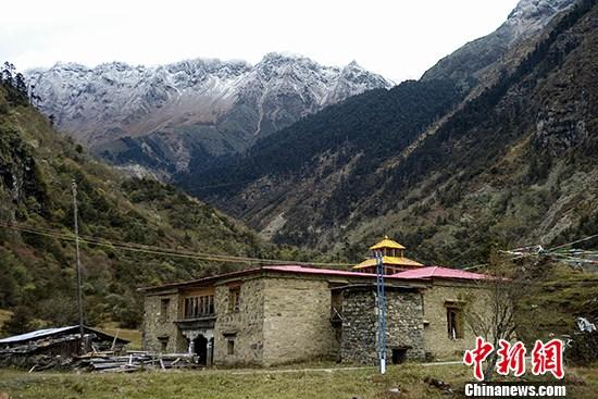 中国人口最少乡镇_中国人口最少乡镇 通电记