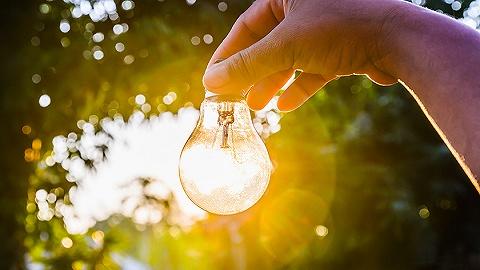2017年可再生能源发电量达1.7万亿千瓦时 光伏发电同比增长78.6%