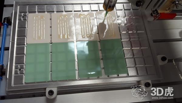 MannaBot One:用于制作大麻透皮贴剂的3D打印机