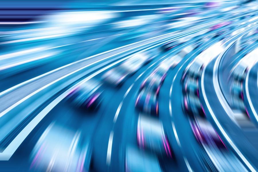 尽管进度突飞猛进,但自动驾驶的商业化依旧有诸多难点