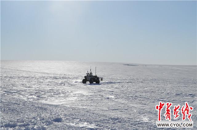 我国地面机器人首次投入极地考察冰盖探路应用