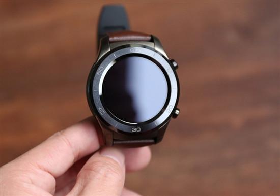 安卓智能手表获重磅升级:吃上奥利奥