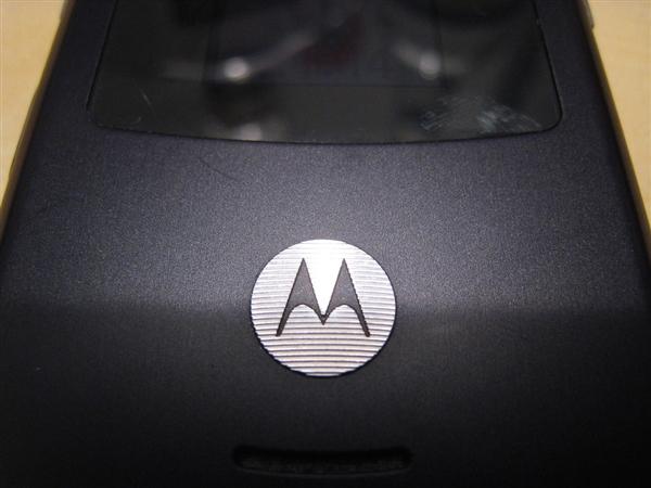 摩托罗拉专利曝光:无边框柔性OLED屏幕
