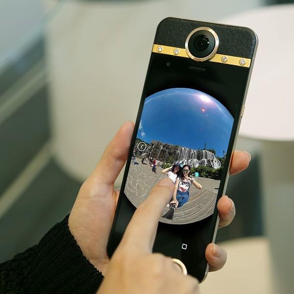 跳水式降价 保千里打令VR手机2代已不足千元