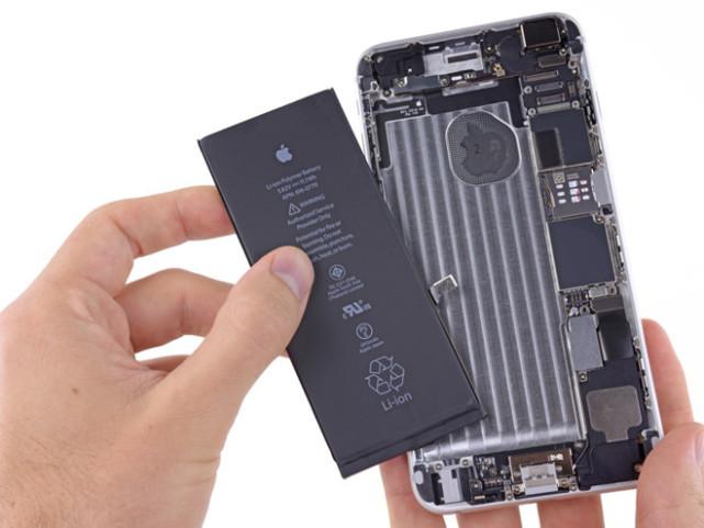 iPhone换电池等待期越变越长 有店铺需等10周
