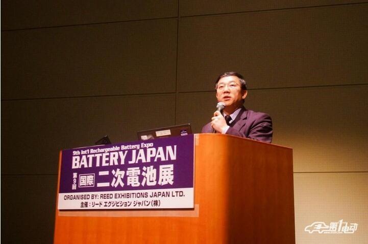 选择磷酸铁锂/三元锂电池并行战略,比亚迪海外参展首次透露未来规划