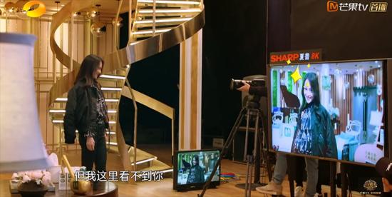 携《歌手》牵故宫后 夏普携8K超大屏闪耀AWE2018