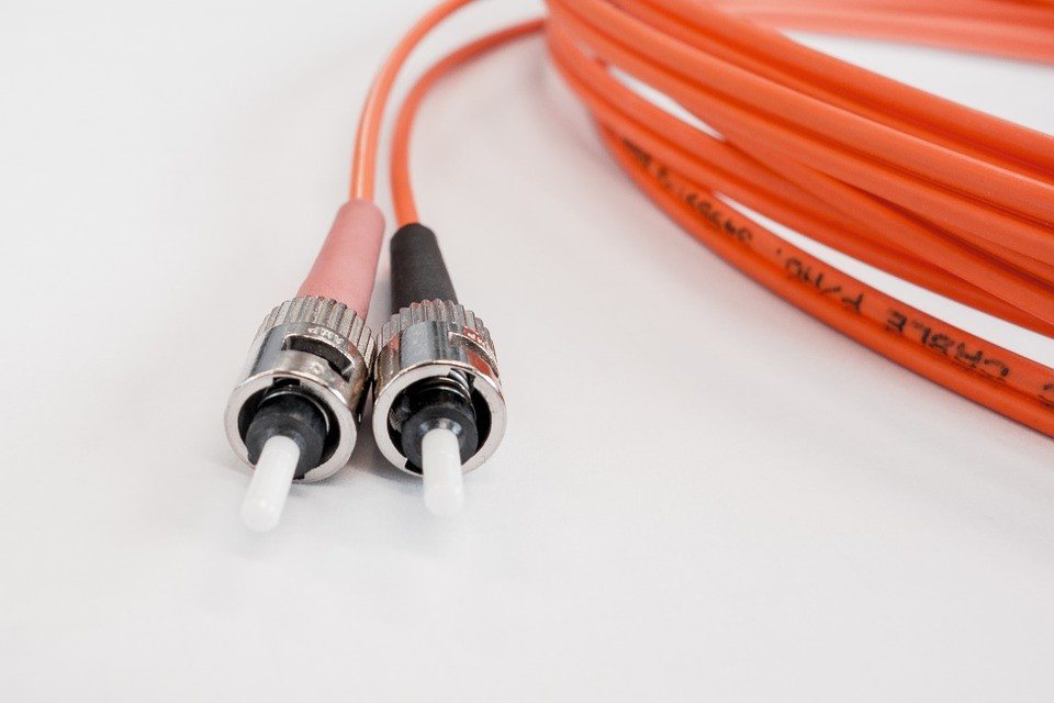 2018-24全球光缆组件市场复合年增率达9.2%