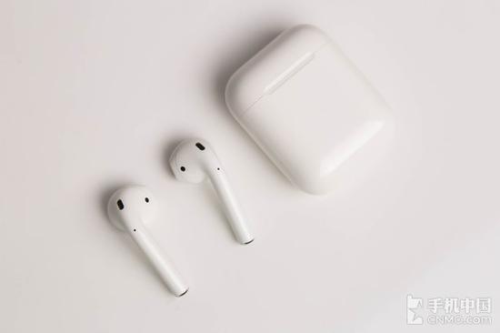 三星Gear IconX体验评测:能超越苹果AirPods吗?