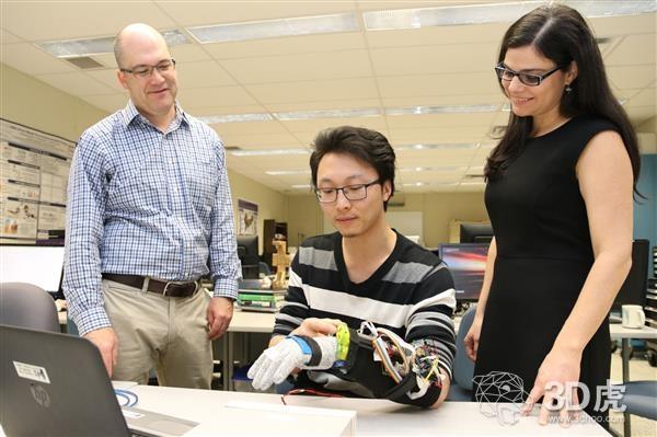 3D打印手套帮助帕金森患者完成日常活动
