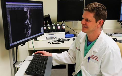 使用3D打印和建模来制定主动脉瓣置换术中最佳的手术方法
