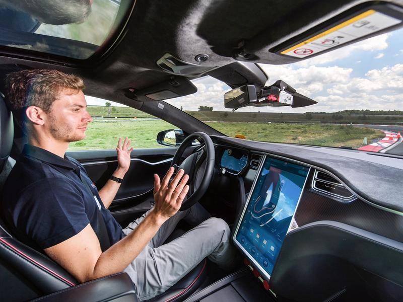 自动驾驶汽车动了谁的奶酪?