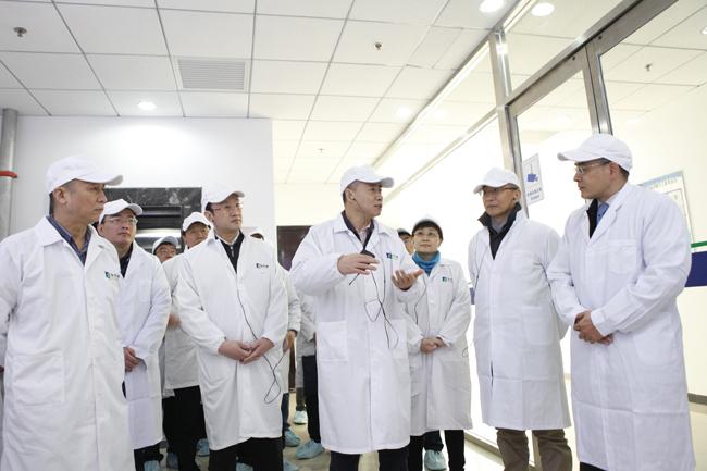 辛国斌赴北京经济技术开发区调研智能制造发展情况