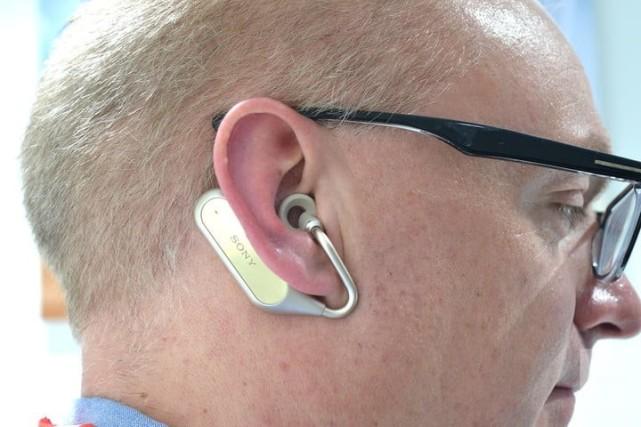 索尼Ear Duo无线耳机上手评测:摇头晃脑即可控制